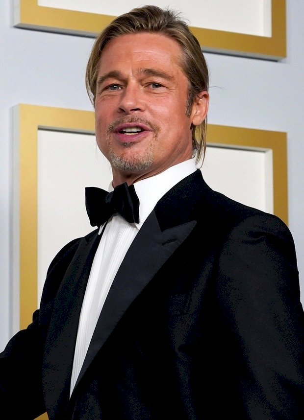 បន្ទាប់ពីឈ្នះក្ដីលោក  Brad Pitt  អតីតស្វាមី Angelina ស្រាប់តែផ្ទុះព័ត៌មានថា...